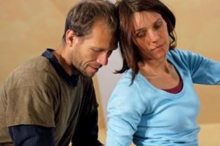 """""""Begegnen wir uns (immer noch) in Würde,  in Achtsamkeit und  Liebe?"""" -tanztherapeutisches Seminar in Neuss bei Köln ; 23. – 25. April 2021"""