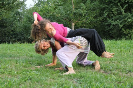 "Tages-Workshop TanzImprovisation ""Joyful-sensitive Duos, Trios, Quartets"", 20.05. 2018 in Leimen bei HD"